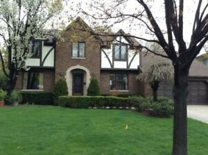 Beautiful Tudor Home in Russell Woods, Lakeshore