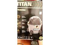 Wet dry vacuum - TITAN - almost new