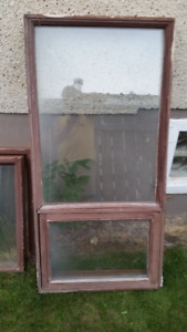 6 Windows.... would be great for a greenhouse..