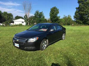 2011 Chevrolet Malibu, saftied + e tested, winter tires incl