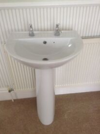 Wash Basin with Pedestal and Taps