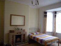 Large Double Room - £103 PW All inclusive - Next to Central Park