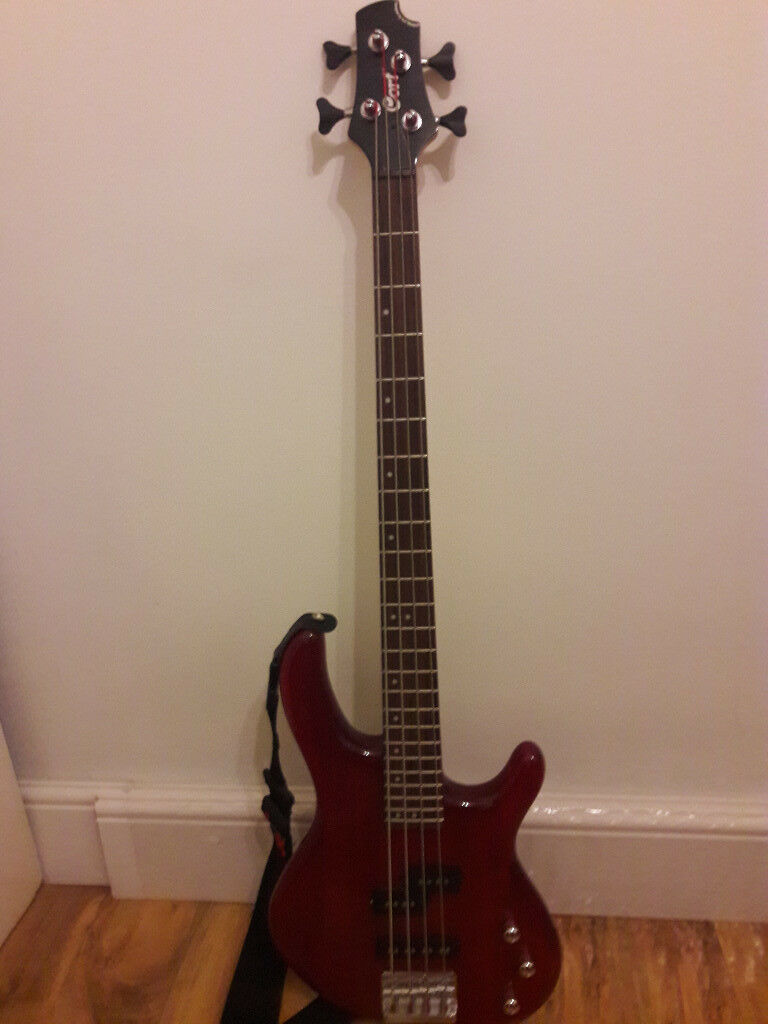 Cort Action Bass