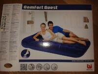 Air mattress, double with inbuilt footpump