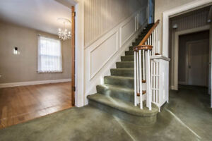 rooms in a beautiful house south end halifax, utilities included