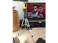 Laser level with tripod and carry case