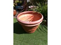 Extra large moulded plastic clay-look plant pot