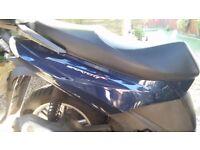 2011 Aprilia SportCity 300 Seat in excellent condition, saddle black