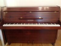 Zender piano IN EXCELLENT CONDITION