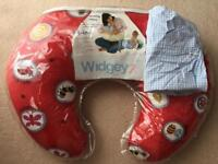 Widgey nursing pillow red fossil with spare cover