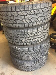 Tires 275/55R20  Ford FX4