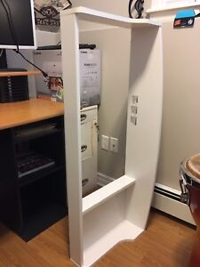 Change table frame attachment