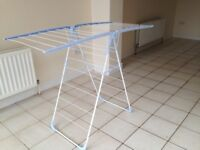 CLOTHES AIRER great condition QUALITY STURDY DESIGN LAUNDRY CLOTHES HORSE
