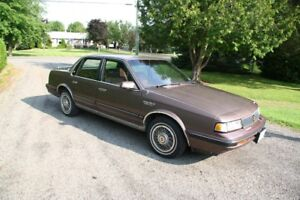 1989 Oldsmobile Cutlass SL Sedan