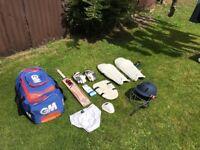 Junior cricket equipment (left handed)