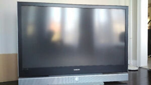 "Samsung 61"" DLP TV  great condition"