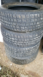 Studded Cooper weather master S/T 2    225 60R17 winter tires