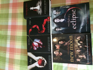 Twilight Book Set Plus Extras