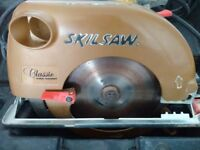 Circular 110v Power Saw (Skilsaw Classic) + Blades + Case + 110v Extension Lead