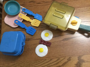 Vintage Fisher Price Frying pan and utensils