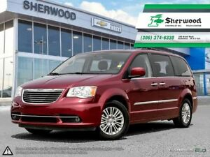 2016 Chrysler Town & Country Leather/Roof/Dual DVD & NAV!!