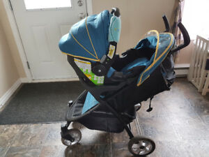 Eddie Bauer car seat and stroller combo perfect condition