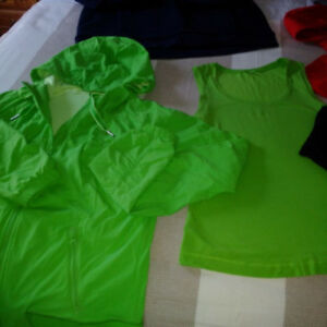 MORE LULULEMON CLOTHES / BAG ALL EXCELLENT CONDITION