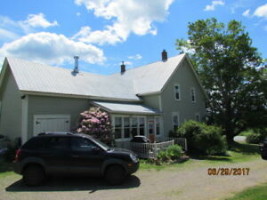 Estate like Farm House, Majestic 2 Storey - 5097 Hwy 289