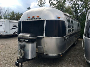 Airstream 31' Limited