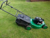 Petrol Lawn Mower Atco Quadtrak 45 Self Propelled
