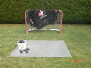 HOCKEY NET and plexiglass