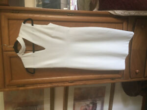 Le Chateau white dress size smallneg