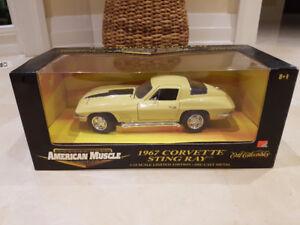 1/18 Ertl American Muscle 1967 Corvette Sunfire Yellow
