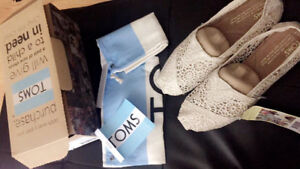 Toms Morocco Crochet -  5.5 Womens BRAND NEW WITH BOX