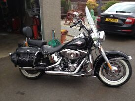 Harley Davidson Softail Heritage Classic 1600cc new whitewall rear tyre and new battery