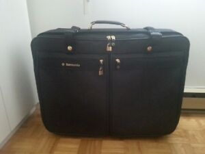 Bagage Samsonite Luggage 28 po 71cm/roulettes/ Wheels Noir