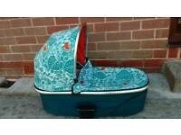 Donna Wilson carrycot mamas and papas sola zoom urbo