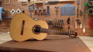 Guitare Classique de Luthier (fait main ici) Modèle Romanillos