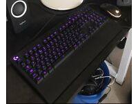 Logitech gaming mouse and keyboard bundle