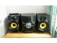 Polaroid cd player/ hi fi/ stereo system