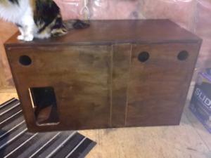 Wooden cat litter box