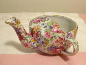 Ancienne tasse médicale Royal Winton chintz Summertime