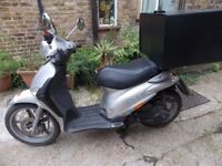 PIAGGIO LIBERTY 50, SILVER,2010, 4500MILES, DELIVERY BOX, NEW MOT, VGC, ANY INSPECTION, DELIVERY