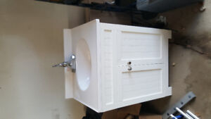 "24 ""Vanity For sale."