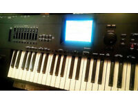 KORG I30 Interactive Music Workstation Electric Keyboard korg i30 synthesiser IMMACULATE CONDITION