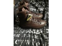 Brand new in box karrimor brown cold weather boots size 9 medium