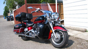2005 Yamaha Royal Star with trailer