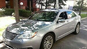 2014 Chrysler 200 Limited - perfect condition