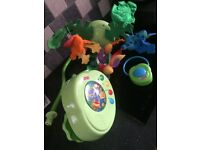 Fisher price Peek-a-boo leaves rain forest mobile