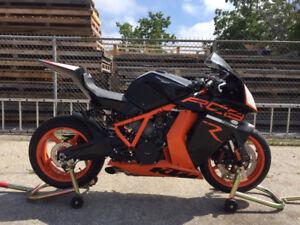 2012 KTM RC8R
